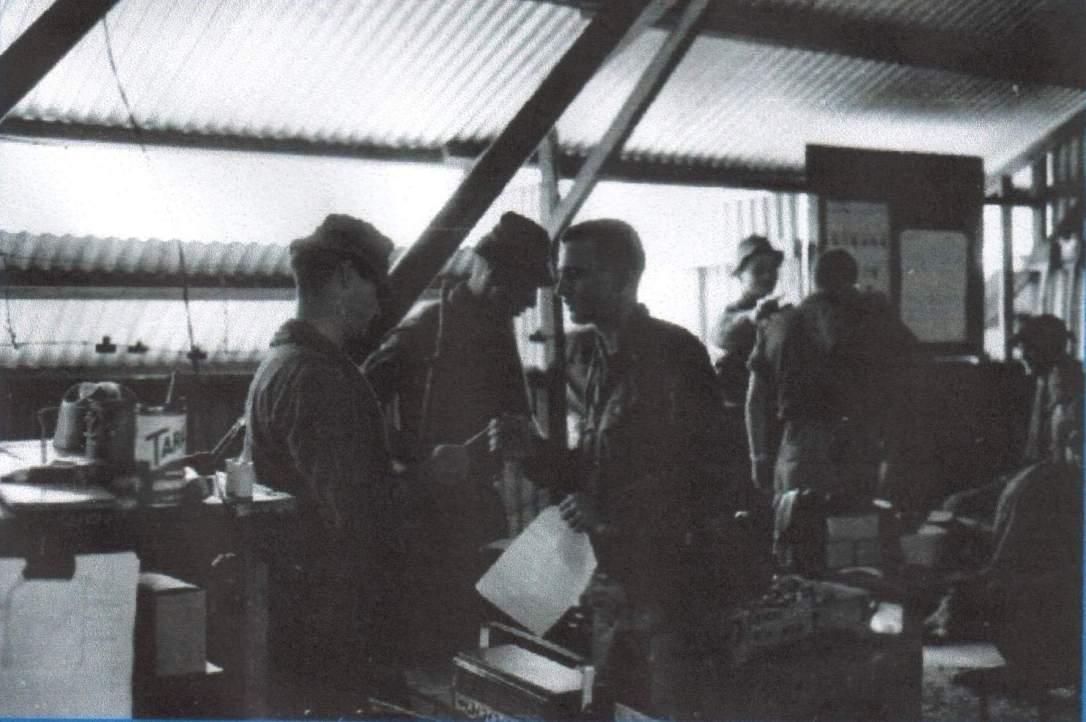 1-A final briefing.